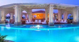 SEJUR de vis la Hotel BARON PALACE SAHL HASHEESH 5* - Hurghada, Egipt.