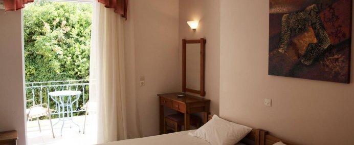 Aparthotel POSIDON STUDIOS 2* - Insula EVIA, Grecia. - Photo 2
