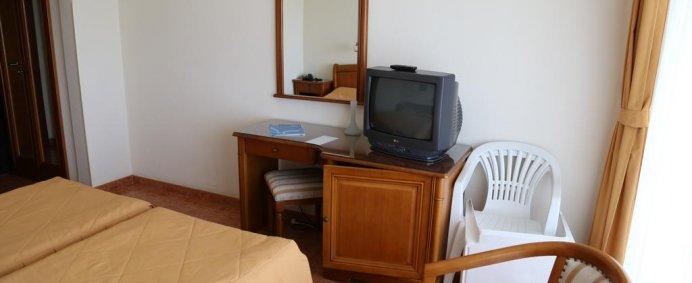 Hotel COMANDOR 4* - Mamaia, Romania. - Photo 1
