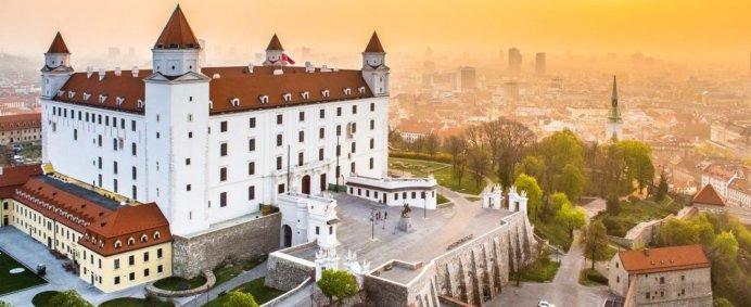 5 capitale europene intr-un singur circuit - de la 155 EURO/ pers. - Photo 5