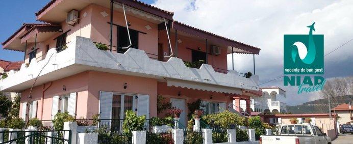 SEJUR 7 nopti la Vila KOSTAS CHRISTOS 2* - Ammoudia, Grecia de la 125 EURO/ pers. Transport autocar inclus. - Photo 1