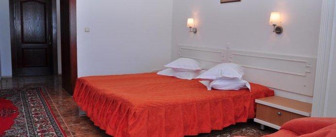 Sejur 7 nopti, Hotel LIDO 3* - Mamaia, Romania, transport cu avionul din Cluj, de la 1190 Ron/ pers. - Photo 5