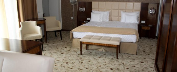 REVELION 2021 la Hotel PRESIDENT 4* - Baile Felix, Romania. - Photo 4