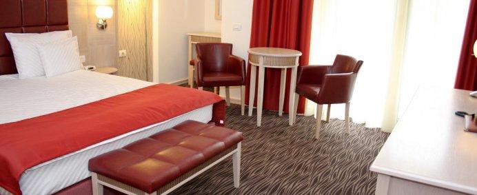 REVELION 2021 la Hotel PRESIDENT 4* - Baile Felix, Romania. - Photo 11